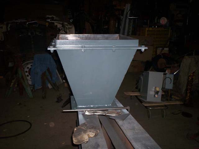 fabricatedhopper1